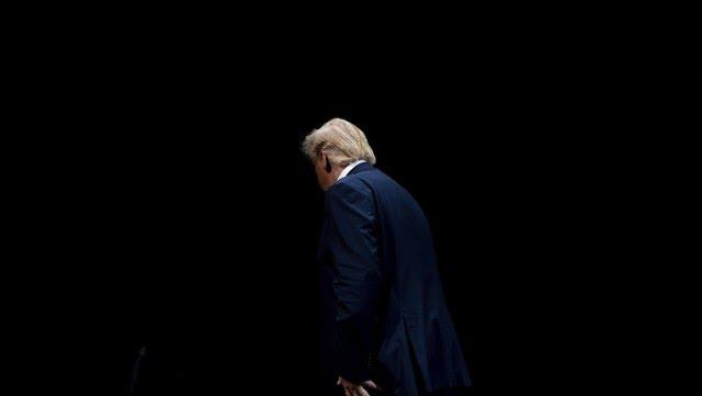 El presidente de Estados Unidos Donald Trump otra vez bajo fuego AFP